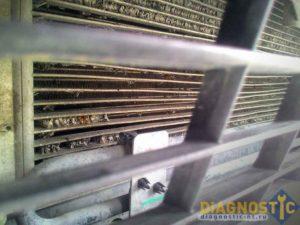 поврежден радиатор